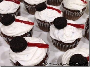 detective cupcakes